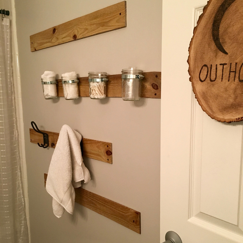 Outhouse bathroom accessories