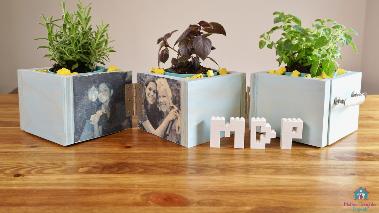 Learn how to build a basic planter box with a twist and personalize it by transferring pictures to wood. Check out this how-to tutorial!