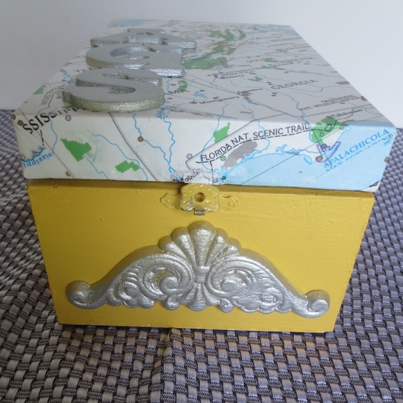 DIY gift box. MotherDaughterProjects..com